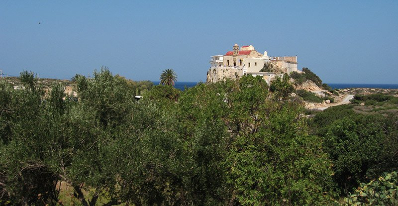 Das schöne weiß gewaschene Kloster von Chrysoskalitissa